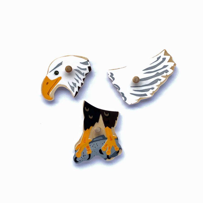 Wooden Bald Eagle puzzle parts.