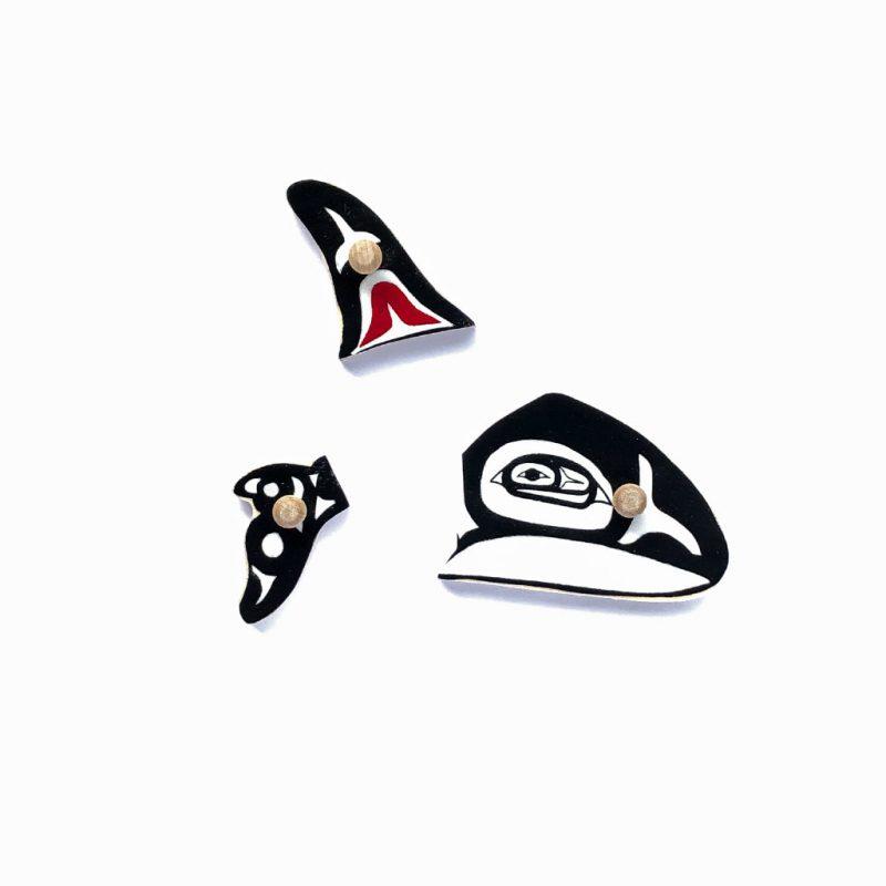 Whale clan puzzle pieces.